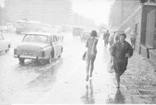 Puławska, deszcz, 1968
